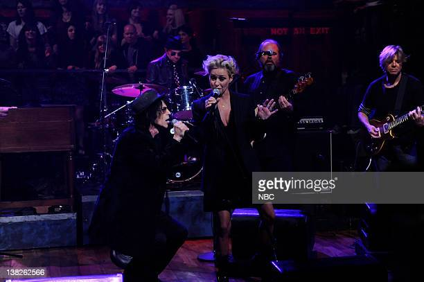 Episode 223 -- Airdate -- Pictured: Musical guest Peter Wolf and Shelby Lynne performs on April 5, 2010