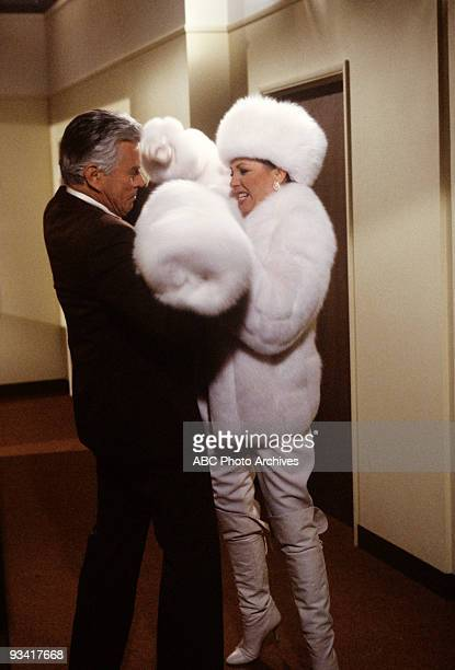 DYNASTY 'Episode' 2/2/83 John Forsythe Joan Collins