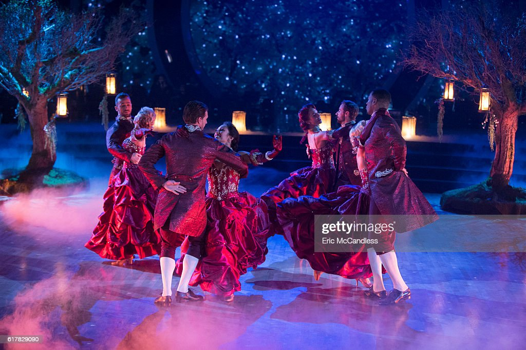 "ABC's ""Dancing With the Stars"": Season 23 - Week Seven : News Photo"