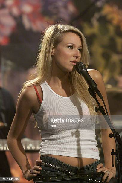 Singer Jewel performs on July 25 2002