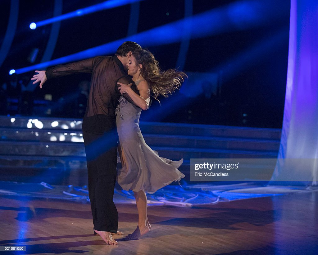 "ABC's ""Dancing With the Stars"": Season 23 - Week Nine : News Photo"
