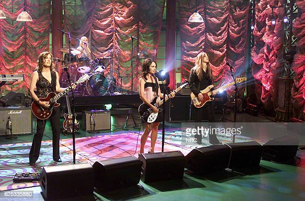 Vicki Peterson Debbi Peterson Susanna Hoffs Micki Steele of musical guest The Bangles perform on September 19 2003