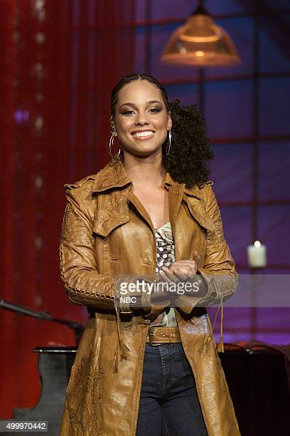 Musical guest Alicia Keys on December 5 2003