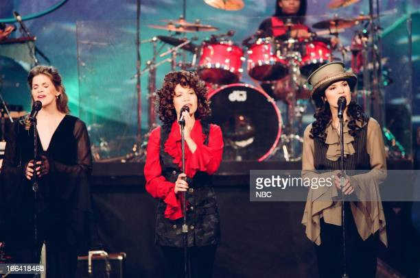 Musical guests Expose Ann Curless Jeanette Jurado Kelly Moneymaker perform on July 26 1993