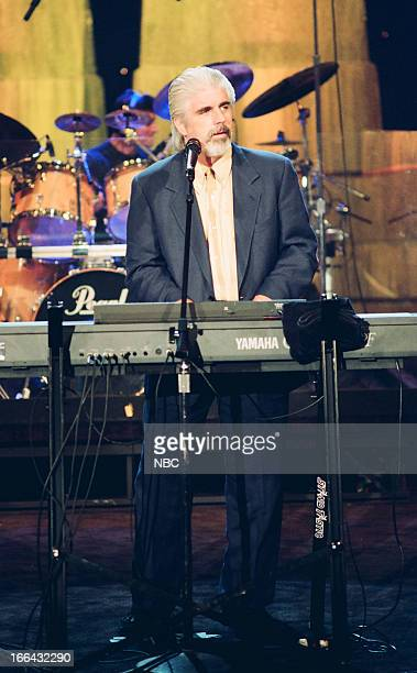 Musical guest Michael McDonald performs on August 2 1993