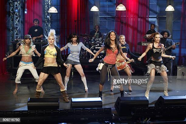 Singers Melody Thornton Kimberly Wyatt Jessica Sutta Nicole Scherzinger Ashley Roberts and Carmit Bachar of pop group The Pussycat Dolls perform on...
