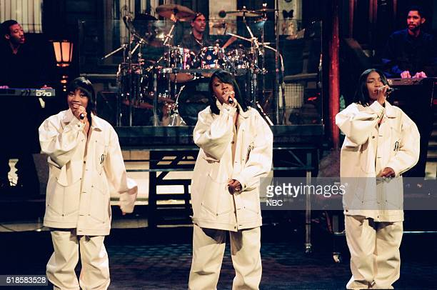 Leanne 'Lelee' Lyons Cheryl 'Coko' Gamble Tamara 'Taj' Johnson of musical guest SWV perform on September 3 1993