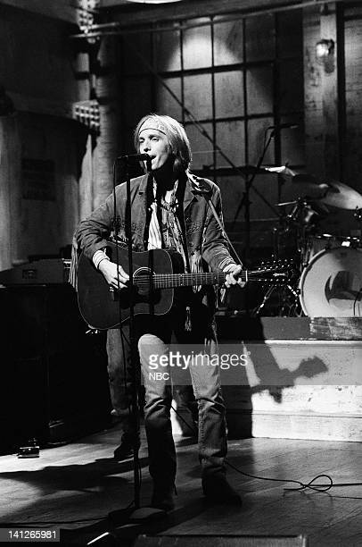 Musical guests Tom Petty The Heartbreakers perform on October 21 1991 Photo by Alan Singer/NBCU Photo Bank