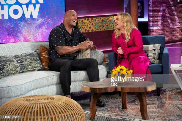 Episode 3010 -- Pictured: Dwayne Johnson, Kelly Clarkson --