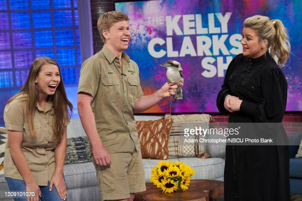 Episode 3023 -- Pictured: Bindi Irwin, Robert Irwin, Kelly Clarkson --