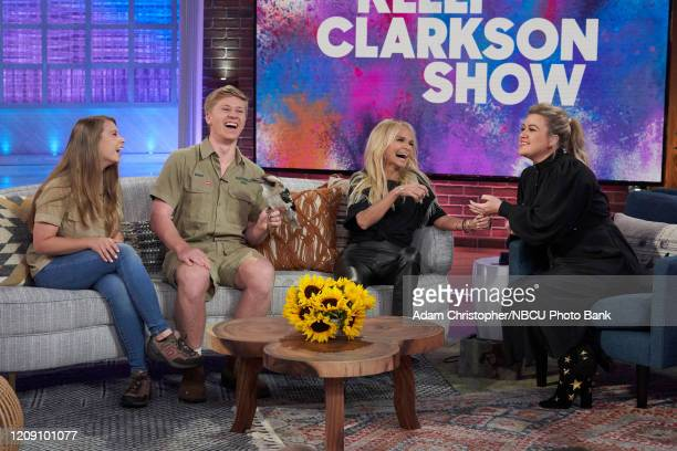 Episode 3023 -- Pictured: Bindi Irwin, Robert Irwin, Kristin Chenoweth, Kelly Clarkson --