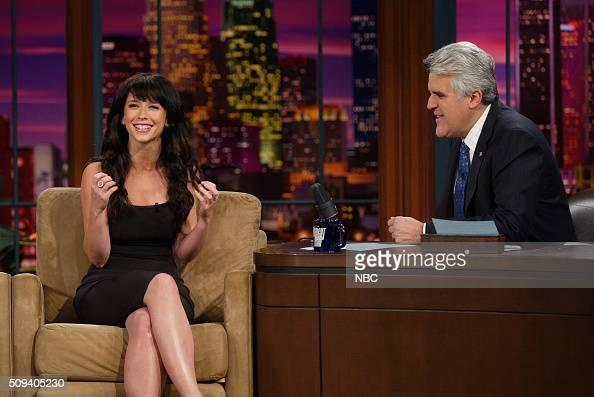 Actress Jennifer Love Hewitt During An Interview With Host