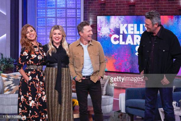 Episode 3037 -- Pictured: Eva Mendes, Kelly Clarkson, Craig Morgan, Blake Shelton --