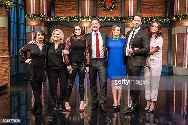 MEYERS Episode 304 Pictured Host Seth Meyers with the cast of 'Sisters' Rachel Dratch Paula Pell Tina Fey Amy Poehler Ike Barinholtz Maya Rudolph on...