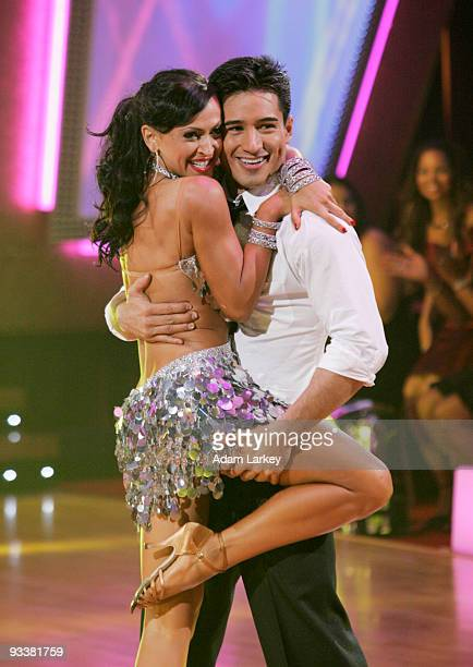 STARS Episode 307 Five teams remain vying for the chance to be crowned champion of Dancing with the Stars as each takes on a ballroom dancing...