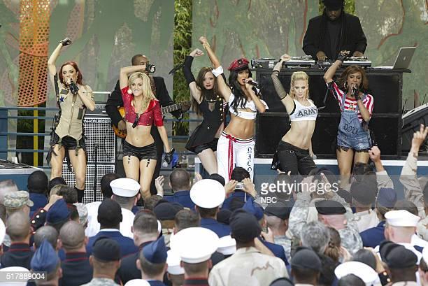 Musicians Carmit Bacher Kimberly Wyatt Jessica Sutta Nicole Scherzinger Ashely Roberts and Melody Thornton of musical guest Pussycat Dolls perform on...