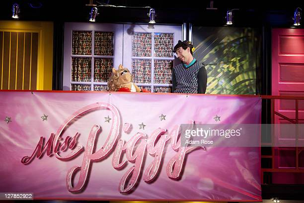 SO RANDOM Episode 316 The So Random kids try to convince Miss Piggy to be in their sketch in Pitching to Piggy Cindy and Beauty visit Rapunzel in her...