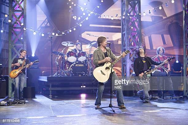 Musicians Mike Malinin John Rzeznik and Robby Takac of musical guest Goo Goo Dolls perform on December 14 2006