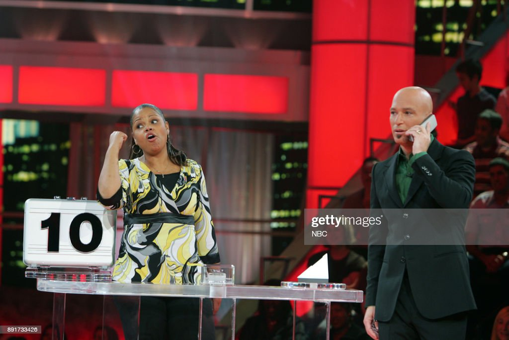 Contestant Shequila Farrelly, Host Howie Mandel -- Photo by: Peter Hopper Stone/NBC/NBCU Photo Bank via Getty Images