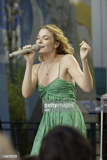 Musical guest LeAnn Rimes performs on April 21 2006 Photo by Paul Drinkwater/NBCU Photo Bank