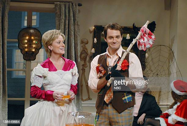 """Episode 4 -- Aired -- Pictured: Amy Poehler as Hillary Clinton, Will Forte as John Edwards during """"Clinton Halloween Party"""" skit"""