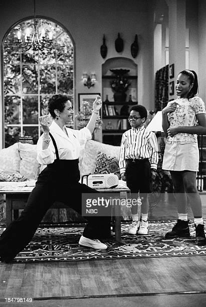 HOUSE Episode 4 Once Again With Feeling Pictured Debbie Allen as Jackie Warren Jeffery Wood as Austin Warren Maia Campbell as Tiffany Warren