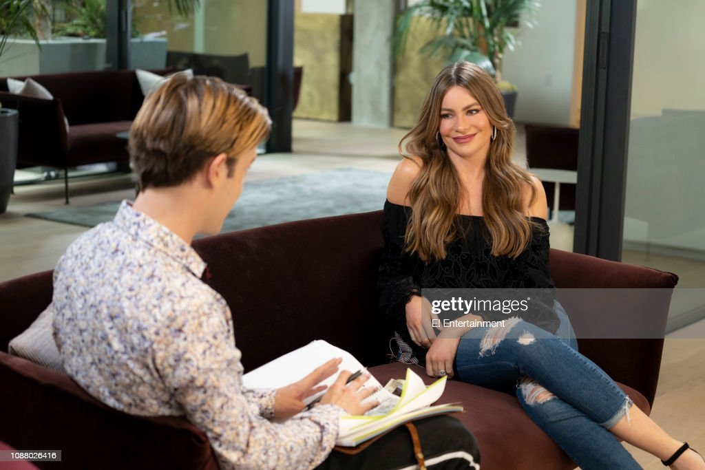 "CA: E! Entertainment's ""Hollywood Medium with Tyler Henry"" - Season 4"