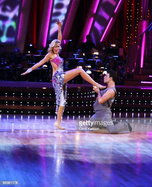 STARS Episode 405 On week five of Dancing with the Stars the remaining couples vying for the chance to be crowned champion performed the Samba or the...