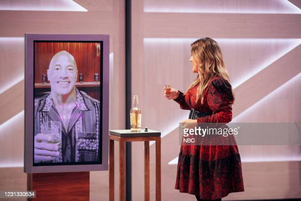 Episode 4098 -- Pictured: Dwayne Johnson , Kelly Clarkson --