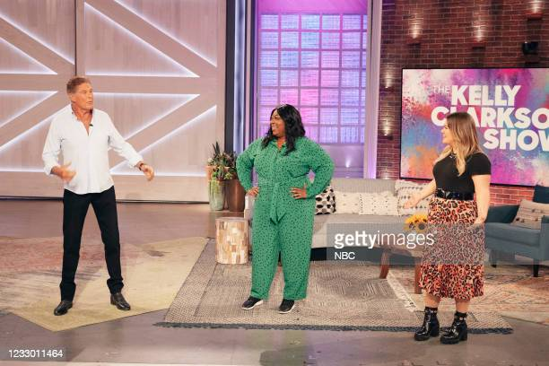 Episode 4149 -- Pictured: David Hasselhoff, Loni Love, Kelly Clarkson --
