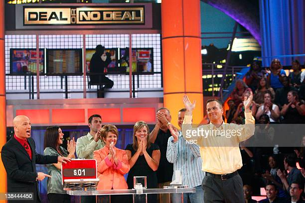 DEAL Episode 416 Airdate Pictured Host Howie Mandel Supporters Contestant Thomas Fritze