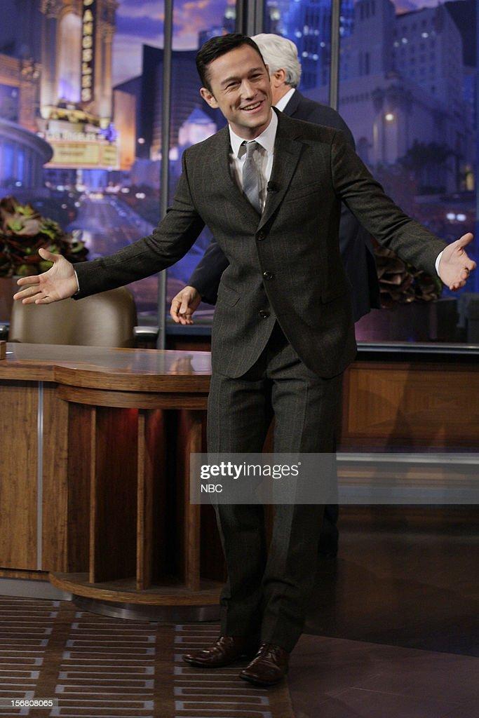 Actor Joseph Gordon-Levitt arrives on November 20, 2012 --