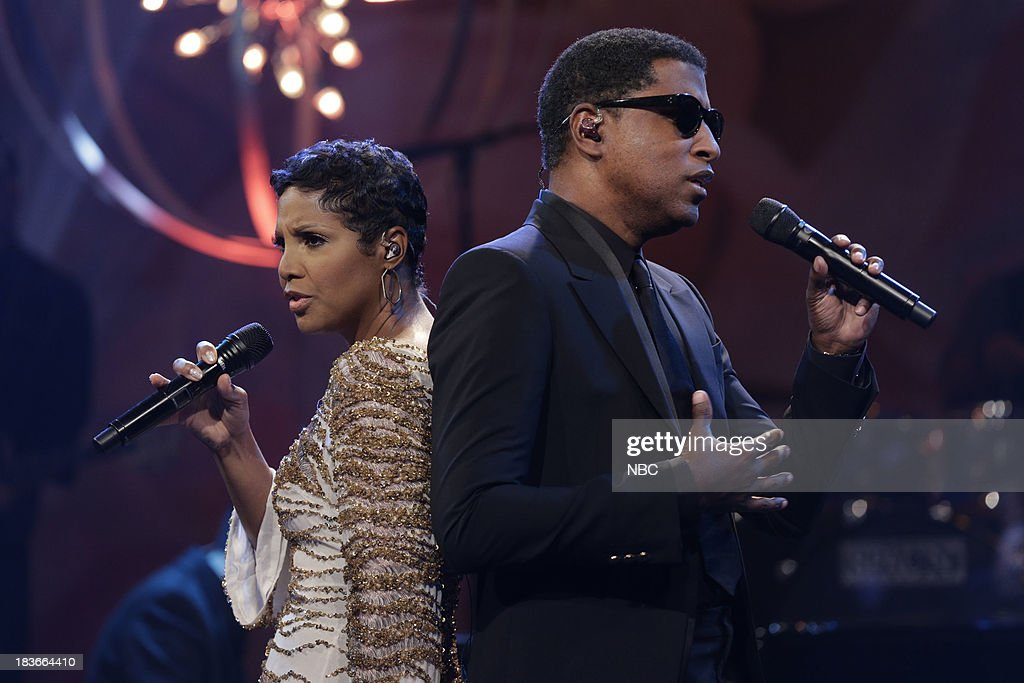 Musical guest Toni Braxton and Babyface perform on October 8, 2013 --
