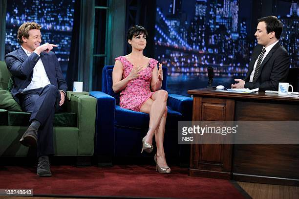 FALLON Episode 46 Airdate Pictured Actor Simon Baker actress Carla Gugino during an interview with host Jimmy Fallon on May 18 2009