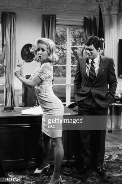 Marilyn Monroe Living Room Decor: Teri Garr As Marilyn Monroe, Joe Piscopo As John F