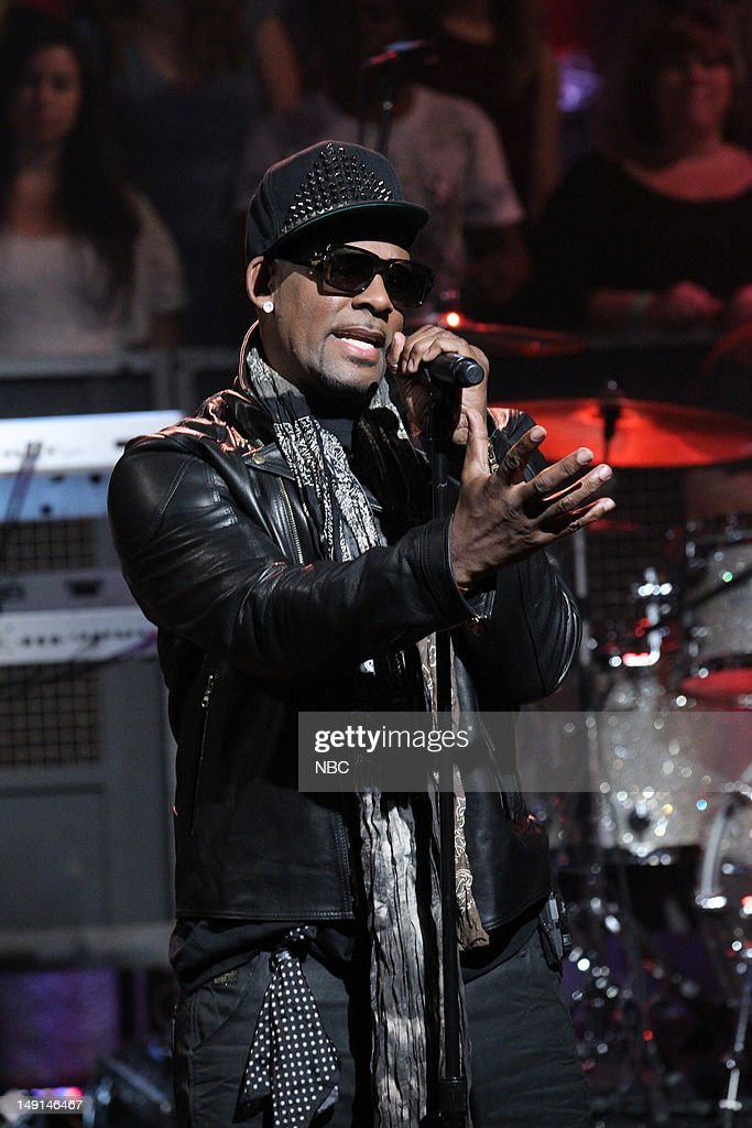 Musical guest R. Kelly performs on July 24, 2012 --