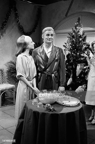 Laraine Newman as Farrah Pahlevi Bill Murray as Mohammad Reza Pahlevi during the 'A Christmas Gift from the Shah and his Friends' skit on December 22...