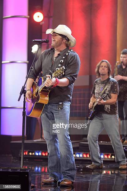 Episode 82 -- -- Pictured: Musical guest Toby Keith performs on October 07, 2009