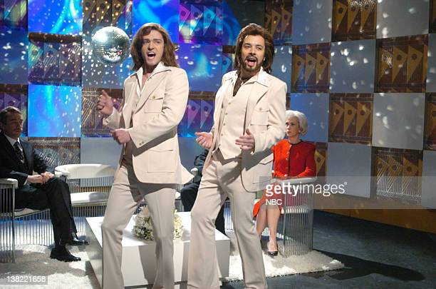 LIVE Episode 9 Aired Pictured Fred Armisen as Thomas Friedman Justin Timberlake as Robin Gibb Jimmy Fallon as Barry Gibb Kristen Wiig as Sandra Day...
