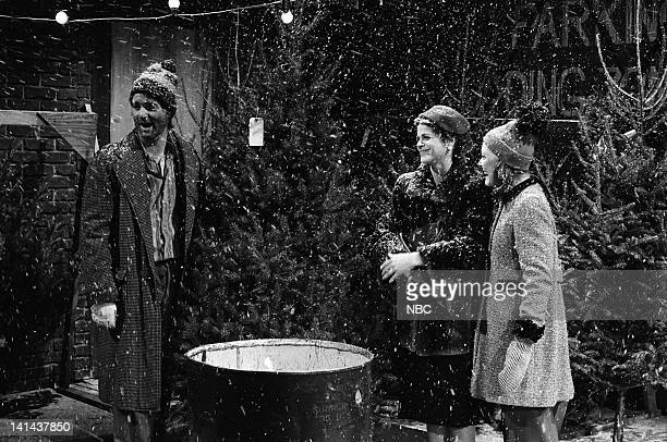 Bill Murray as Honker Gilda Radner as mother and Jane Curtin as Jessica during the 'Dubs Trees' skit on December 16 1978 Photo by NBC/NBCU Photo Bank