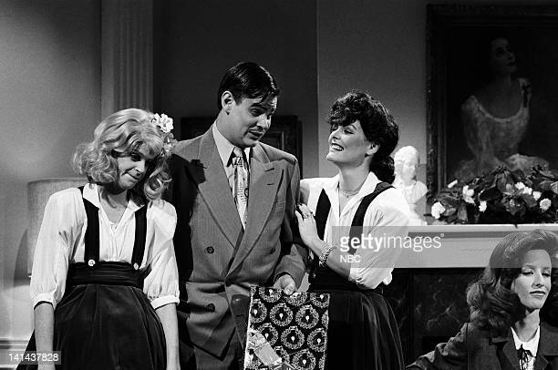 Gilda Radner as Christina Crawford Dan aykroyd as Clark Gable Jane Curtin as Joan Crawford and Laraine Newman as Katharine Hepburn during the 'Mommie...
