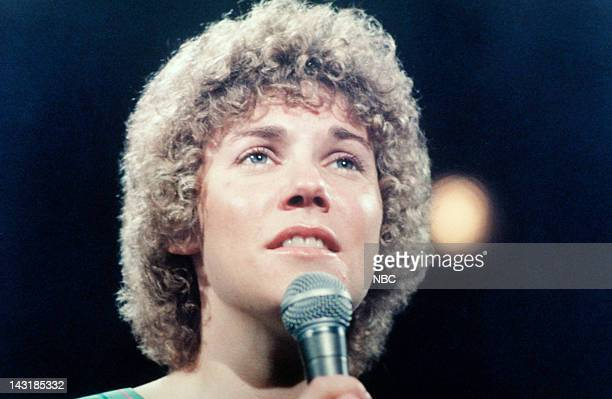 Musical guest Anne Murray performs on January 10 1976