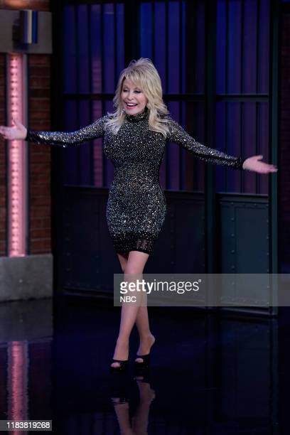 Singer Dolly Parton arrives on November 21 2019
