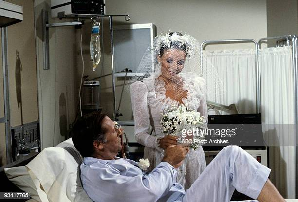 DYNASTY 'Episode' 9/21/82 Lloyd Bochner Joan Collins