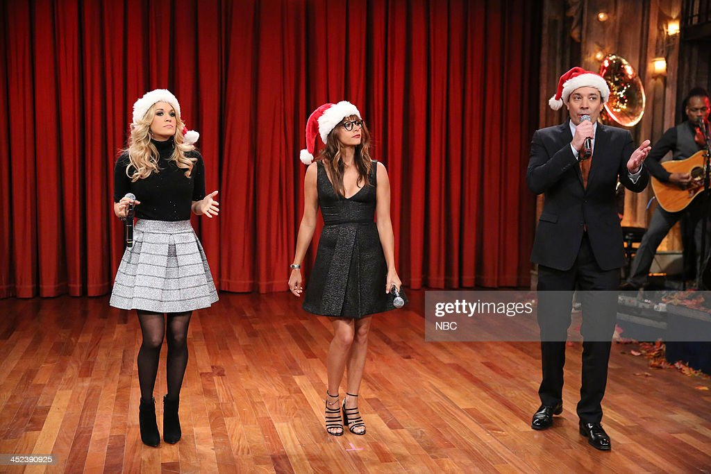 Late Night with Jimmy Fallon - Season 5 : News Photo