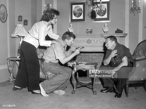 Episode 'Casino Royale' during rehearsal. Featuring Linda Christian, Barry Nelson and Peter Lorre. Image dated October 20, 1954.