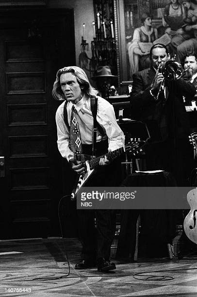 G E Smith performs on October 15 1988 Photo by NBC/NBCU Photo Bank