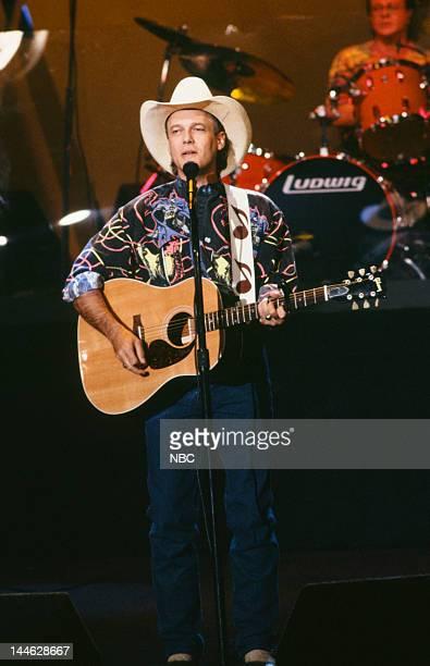 Singer Ricky Van Shelton on November 18 1992