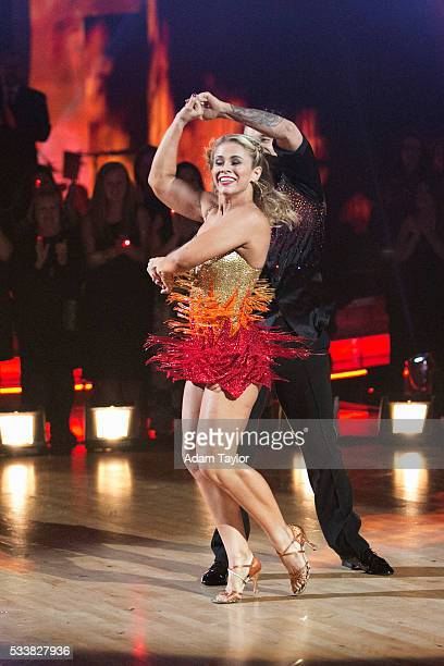 """Episodes 2210"""" - After weeks of stunning competitive dancing, the final three couples advance to the finals of """"Dancing with the Stars,"""" live,..."""