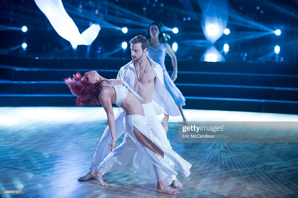 STARS - 'Episodes 2311' - After weeks of stunning competitive dancing, the final four couples advance to the finals of 'Dancing with the Stars,' live, MONDAY, NOVEMBER 21 (8:00-10:01 p.m. EST), on the ABC Television Network. SHARNA